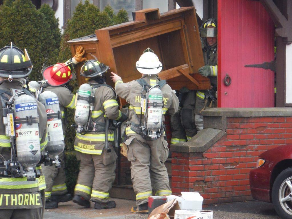 Fire on altar forces evacuation of Hawthorne church