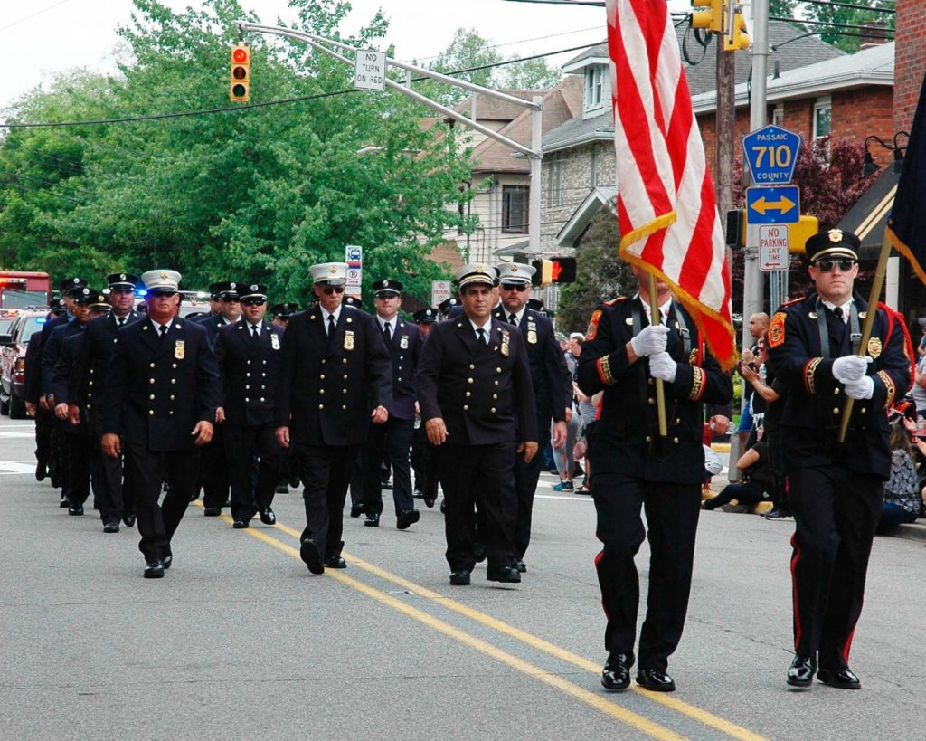 Hawthorne Fire Department participates in the Memorial Day Ceremony and Parade